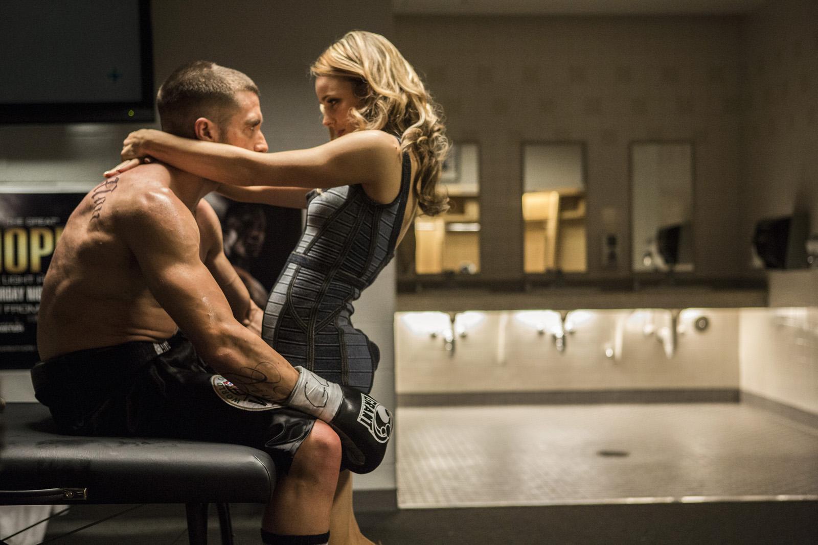 Jake Gyllenhaal and Rachel McAdams in Southpaw (2015)