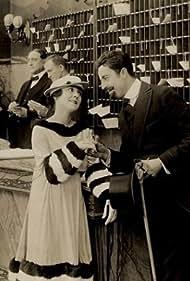 Fay Tincher in Sunshine Dad (1916)