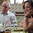 Elba Escobar and Sócrates Serrano in Azul y no tan rosa (2012)