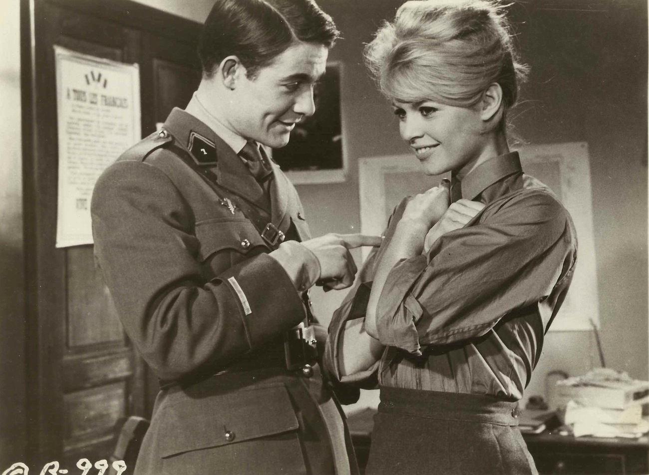 babette goes to war 1959 photo gallery imdb