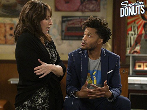 Katey Sagal and Jermaine Fowler in Superior Donuts (2017)