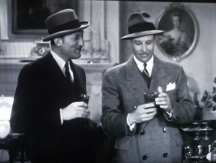 Bill Elliott and Warren William in The Case of the Velvet Claws (1936)