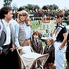 Teri Garr, Michael Keaton, Taliesin Jaffe, Frederick Koehler, Martin Mull, and Carolyn Seymour in Mr. Mom (1983)