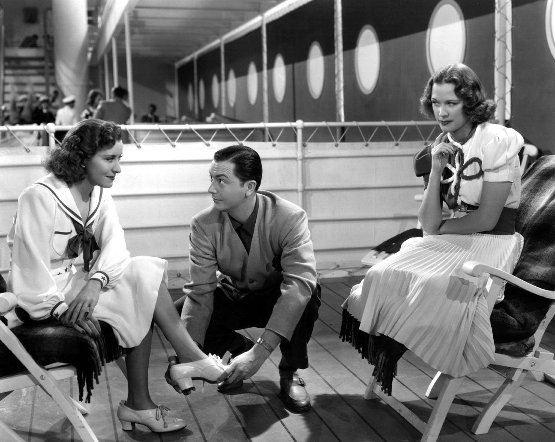 Robert Young, Eleanor Powell, and Gracie Allen in Honolulu (1939)