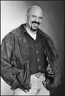 Tom Towles Picture