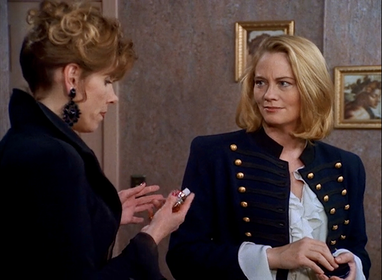 Cybill Shepherd and Christine Baranski in Cybill (1995)