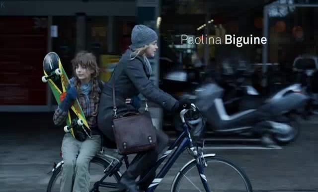 Adèle Haenel and Paolina Biguine in Déchaînées (2009)