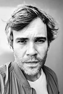 Rossif Sutherland Picture