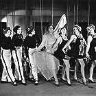 Marie Dressler in Chasing Rainbows (1930)