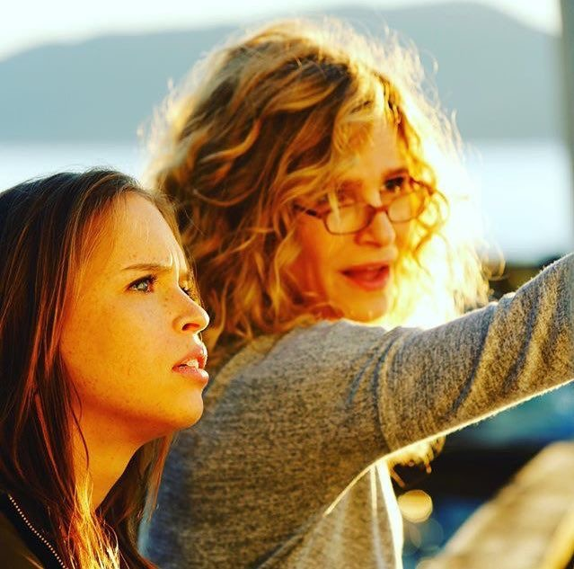 Kyra Sedgwick and Ryann Shane in Story of a Girl (2017)