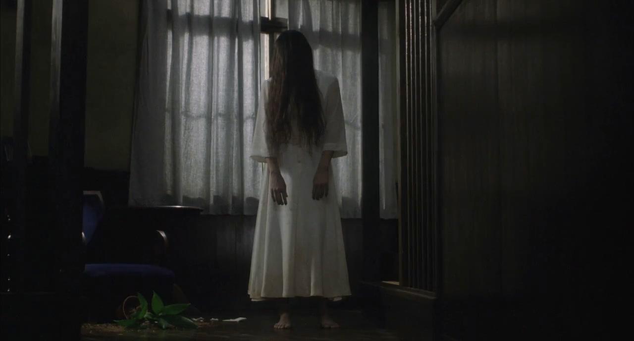 Rie Ino'o in Ringu (1998)