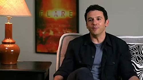 What Just Happened With Fred Savage: Fred Plays Around With Motion Capture