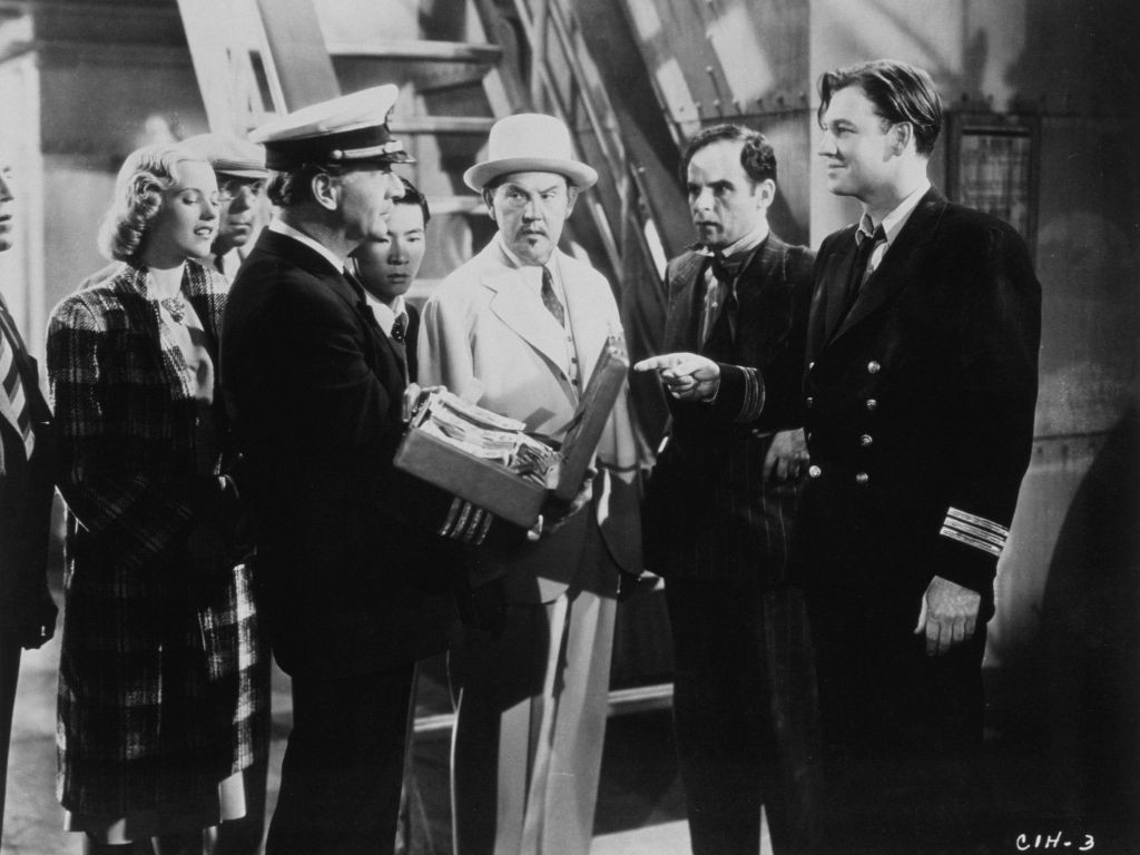 Robert Barrat, Phyllis Brooks, John 'Dusty' King, Richard Lane, Marc Lawrence, Sidney Toler, Victor Sen Yung, and George Zucco in Charlie Chan in Honolulu (1938)