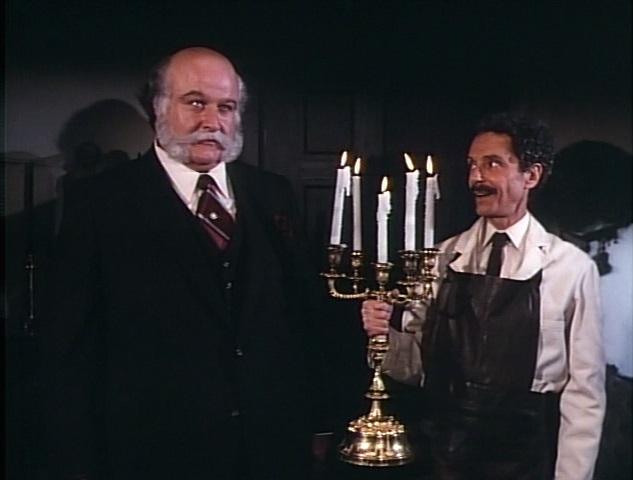 Allan Arbus and Victor Buono in Here's Boomer (1980)