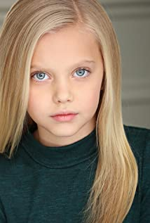 Sydney Brower Picture