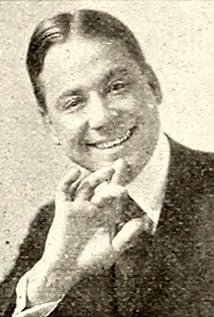 Harry Fox Picture