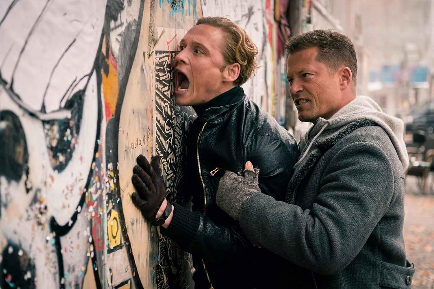 Til Schweiger and Matthias Schweighöfer in Vier gegen die Bank (2016)