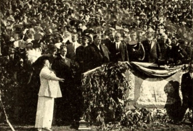 William Howard Taft and Lillian Nordica in President Taft at San Francisco (1911)