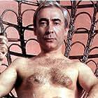 Sener Sen in Çiplak Vatandas (1985)