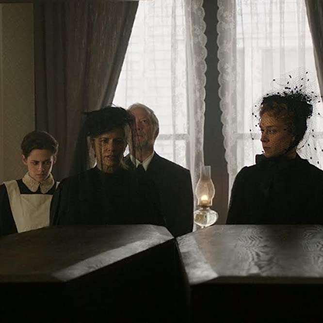 Chloë Sevigny, Kim Dickens, Denis O'Hare, Jeff Perry, and Kristen Stewart in Lizzie (2018)