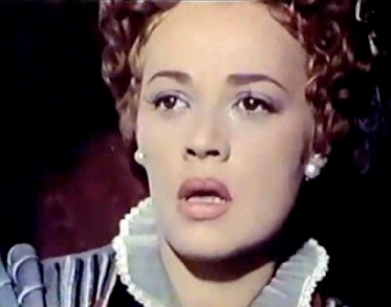 Jeanne Moreau in La reine Margot (1954)