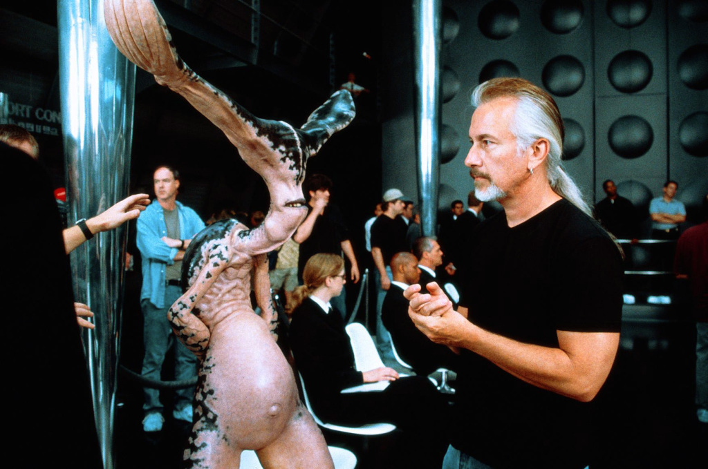 Rick Baker in Men in Black II 2002