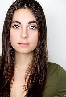Kristen Vaganos Picture
