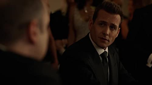 Suits: Harvey Plays The Man