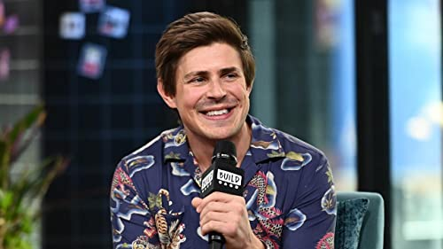 "BUILD: Hairspray All It Takes for Chris Lowell to Transform into ""GLOW's"" Bash"