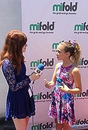 Ava Kolker Talks Girl Meets World + Lexy & Millennium Falcon at Disneyland SWGE! Poster