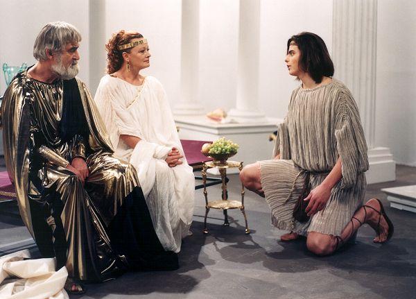 Jana Brejchová, Ilja Racek, and Ernesto Cekan in Arachné (1992)
