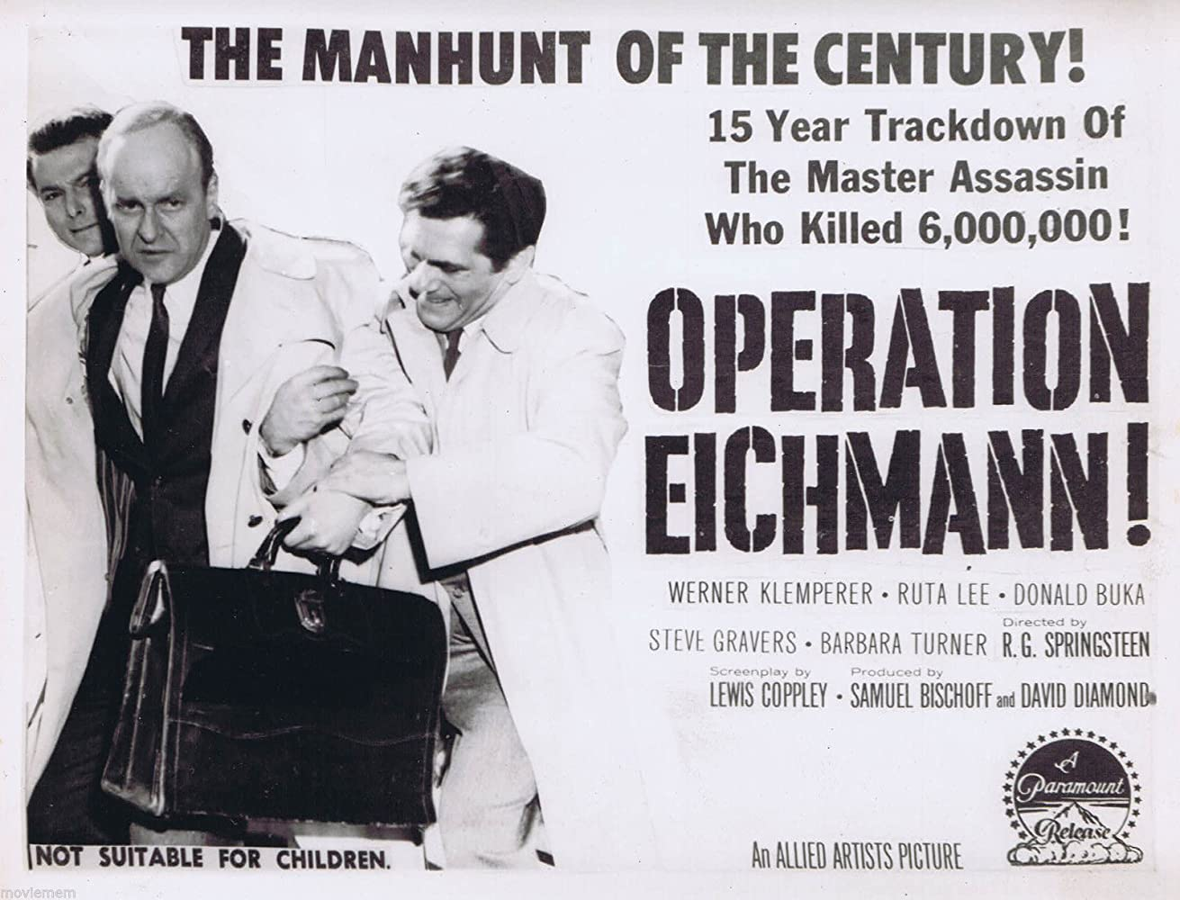 Donald Buka and Werner Klemperer in Operation Eichmann (1961)