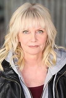 Jennifer Edwards Picture