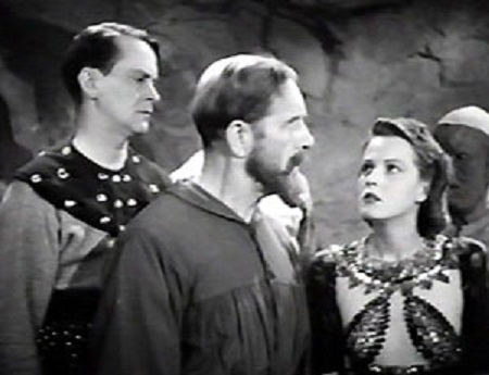 Donald Kerr, Jean Rogers, and Frank Shannon in Flash Gordon's Trip to Mars (1938)
