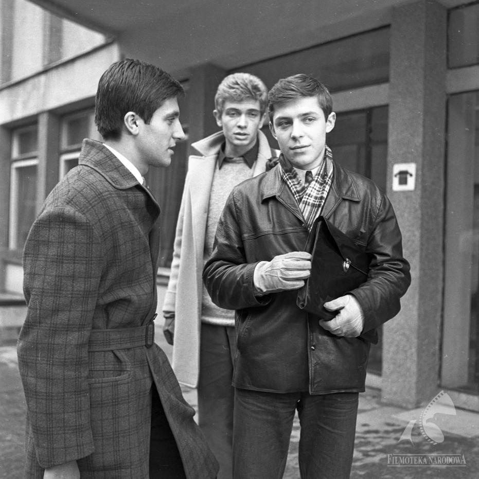 Marek Barbasiewicz, Jerzy Gralek, and Lech Lotocki in Ojciec (1967)