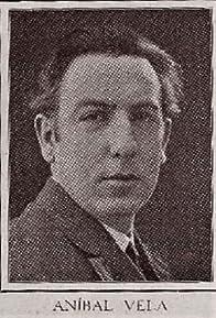 Primary photo for Aníbal Vela