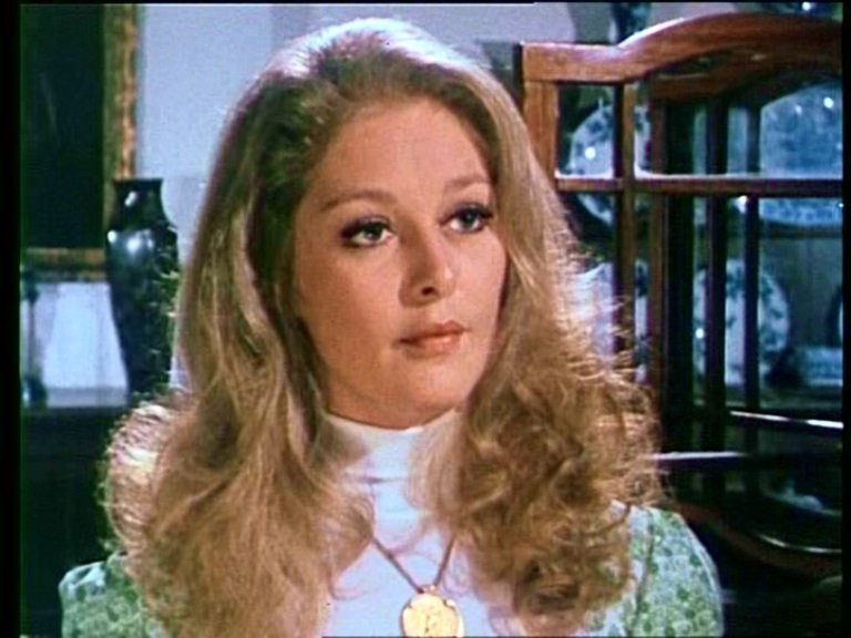 Jenny Hanley in The Adventurer (1972)