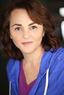 Julie Alexander Picture