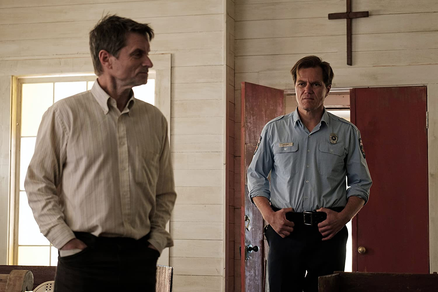 Michael Shannon and Shea Whigham in The Quarry (2020)