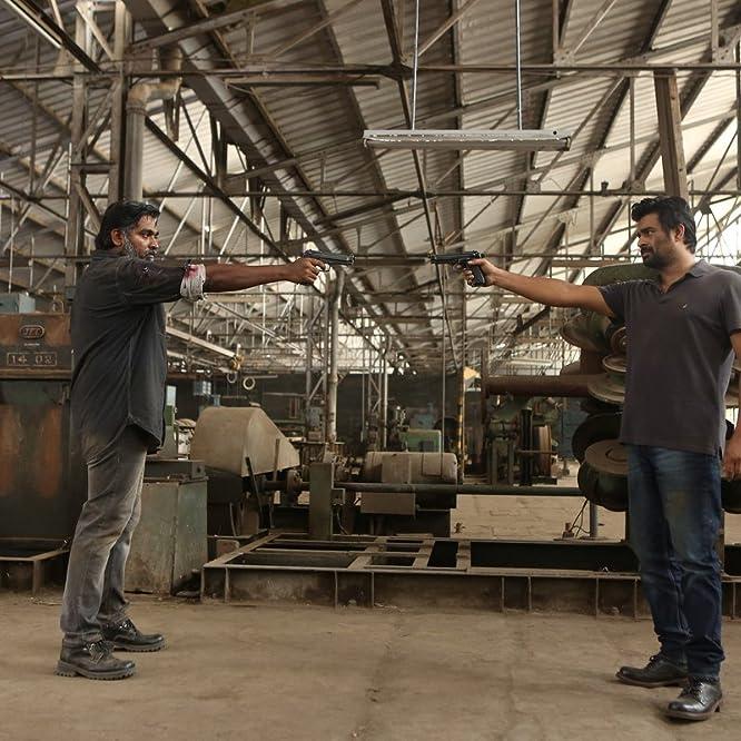 Madhavan and Vijay Sethupathi in Vikram Vedha (2017)