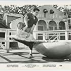 Tony Curtis in 40 Pounds of Trouble (1962)