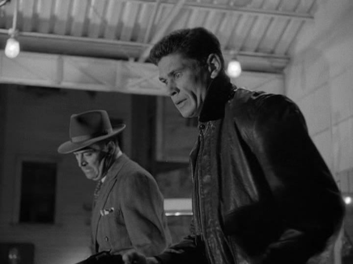 Charles Bronson and Ted de Corsia in Crime Wave (1953)