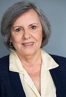 Linda Darlow Picture