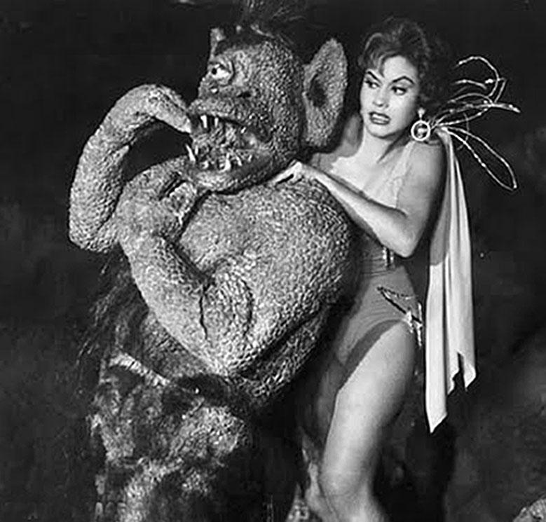 Ana Bertha Lepe in La nave de los monstruos (1960)