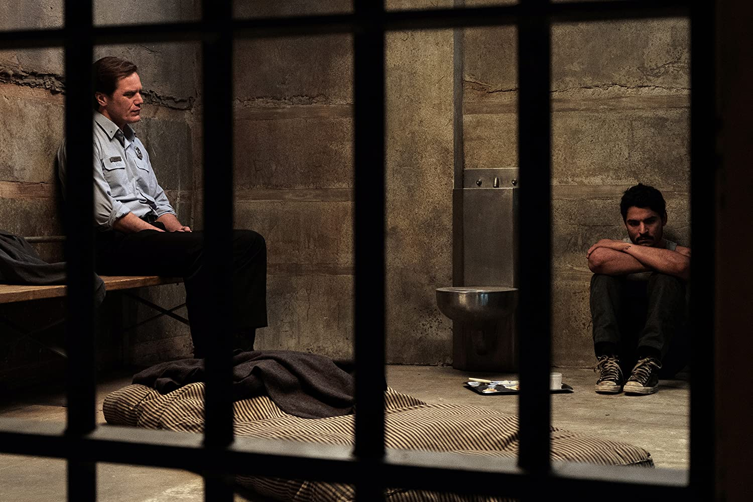 Michael Shannon and Bobby Soto in The Quarry (2020)
