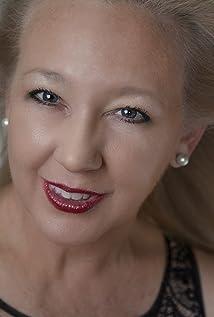 Michelle Arthur Picture