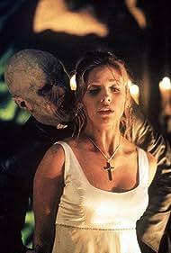 Sarah Michelle Gellar and Mark Metcalf in Buffy the Vampire Slayer (1997)