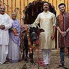 Akshay Kumar, Sudhir Pandey, Divyendu Sharma, and Bhumi Pednekar in Toilet - Ek Prem Katha (2017)