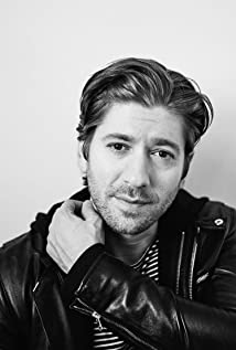 Michael Zegen Picture