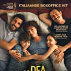 Stefano Accorsi, Edoardo Leo, Jasmine Trinca, Serra Yilmaz, and Sara Ciocca in La dea fortuna (2019)